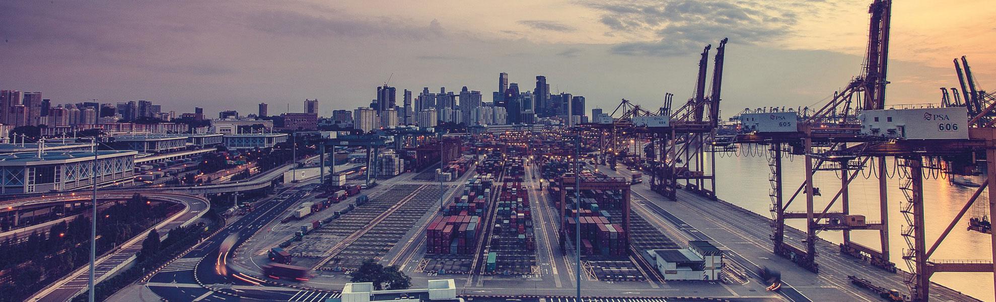 Containerhafen 1978x600 | Verein Bremer Spediteure